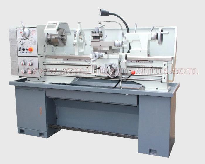 Universal Lathe Machine CQ6240